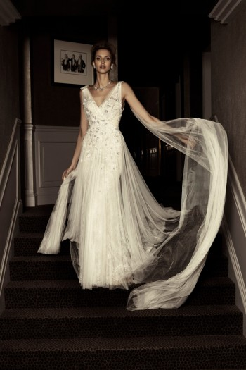 picture editorial fashion wedding dress luxury Paris