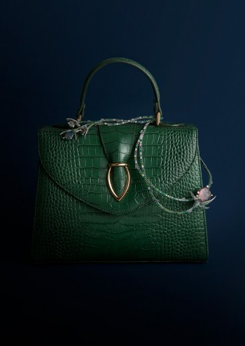 Photographe still life, editorial, accessoires de mode,joaillerie Ritz Paris by Tasaki, maroquinerie Printemps